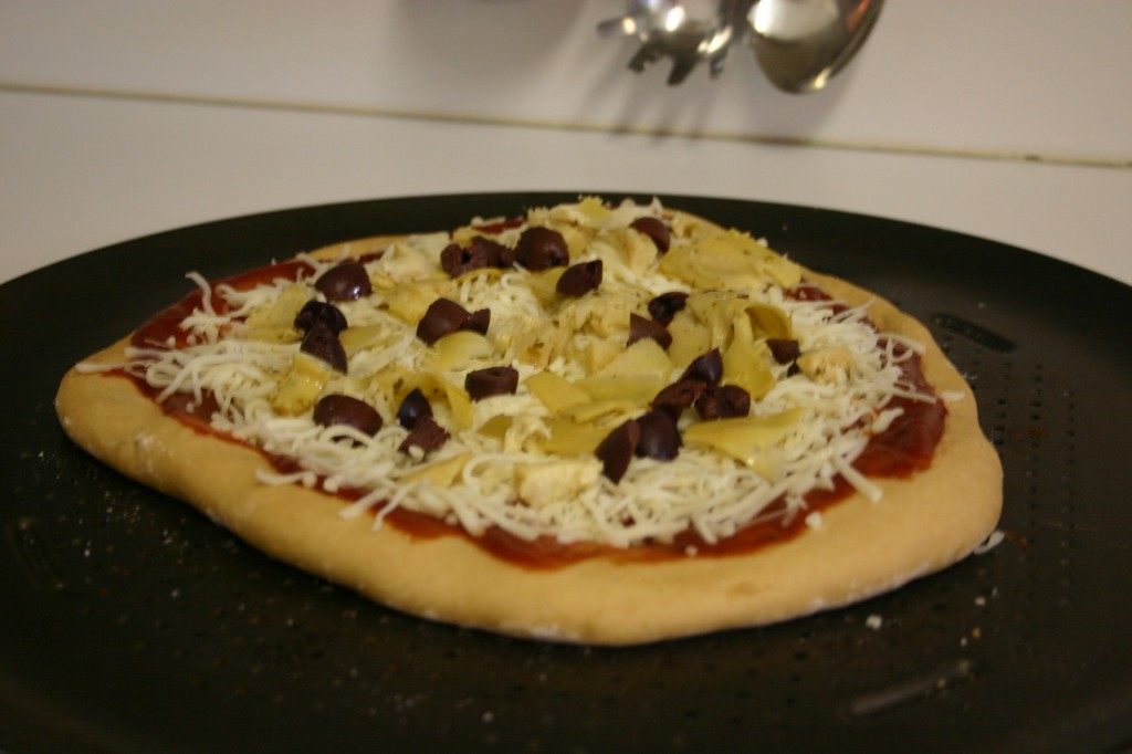 olive and artichoke pizza