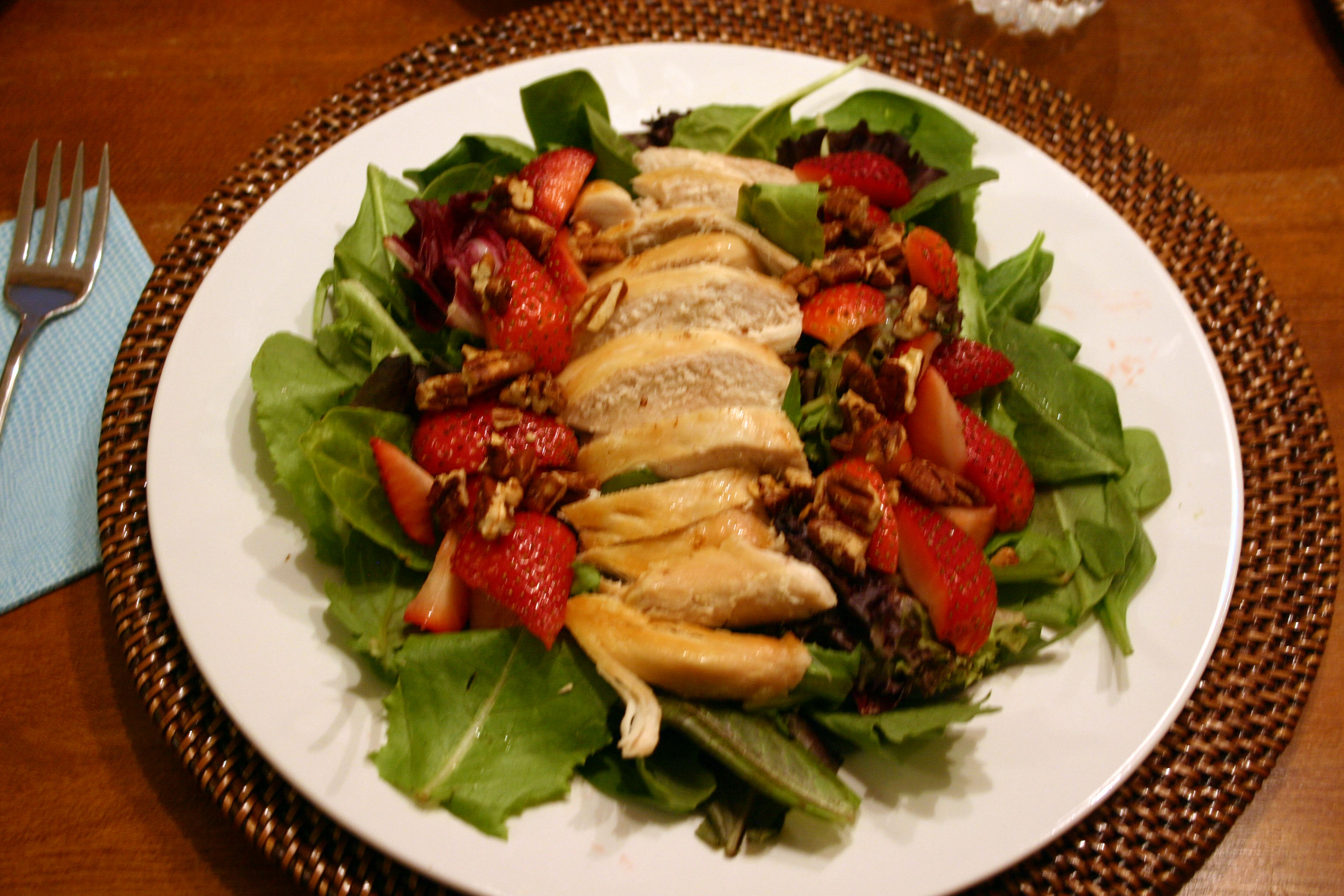 This strawberry spinach salad recipe is very simple, yet tastes so ...